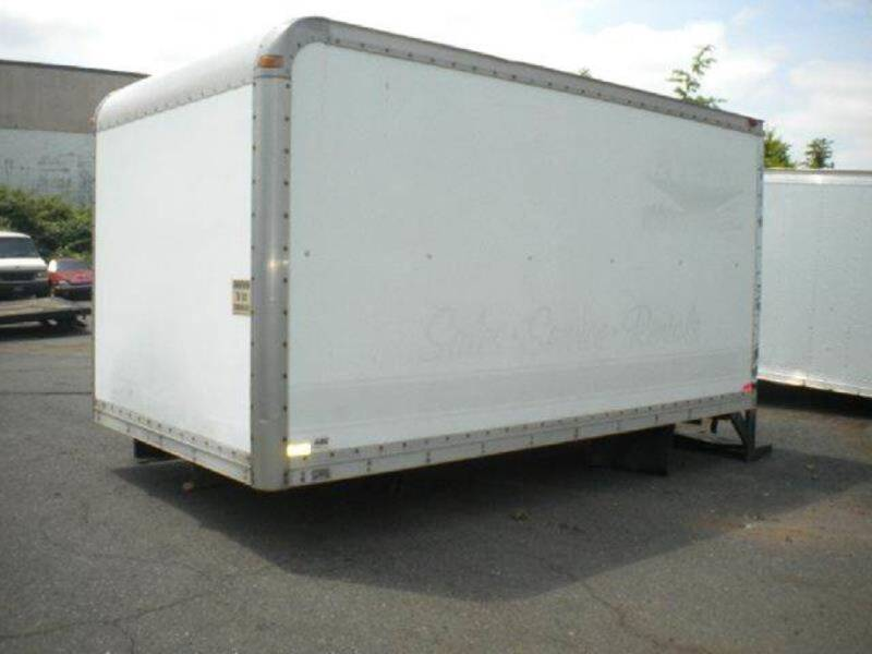 2005 abc 14ft van Body for sale at Advanced Truck in Hartford CT