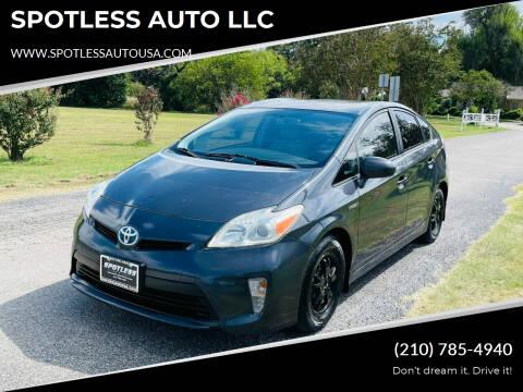 2012 Toyota Prius for sale at SPOTLESS AUTO LLC in San Antonio TX