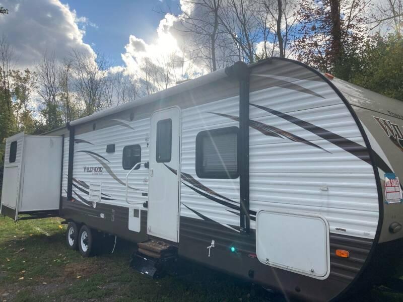 2018 Forest River wildwood 31kqbts for sale at Ogden Auto Sales LLC in Spencerport NY