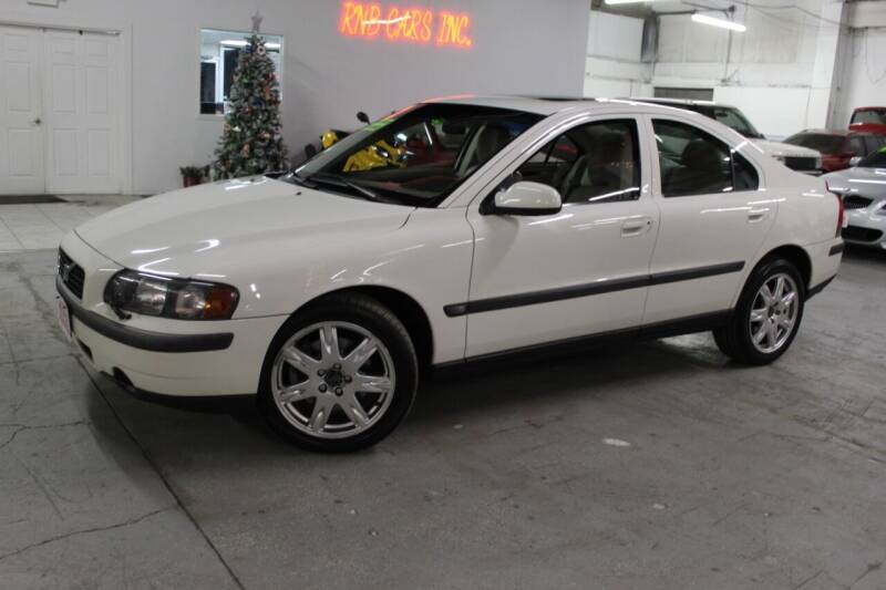 2002 Volvo S60 for sale at R n B Cars Inc. in Denver CO