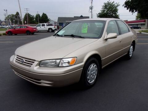 1997 Toyota Camry for sale at Ideal Auto Sales, Inc. in Waukesha WI