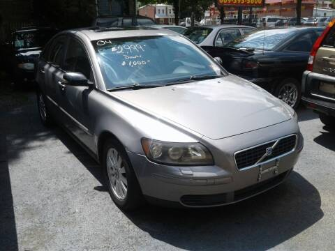 2004 Volvo S40 for sale at Wilson Investments LLC in Ewing NJ