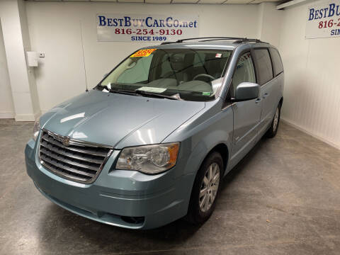 2008 Chrysler Town and Country for sale at Best Buy Car Co in Independence MO