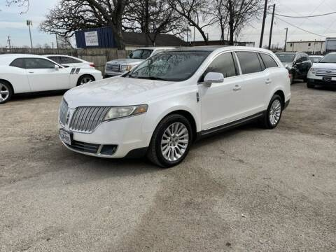 2011 Lincoln MKT for sale at The Kar Store in Arlington TX