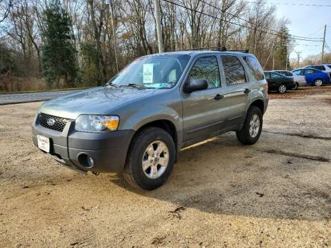 2005 Ford Escape for sale at Ray's Auto Sales in Elmer NJ