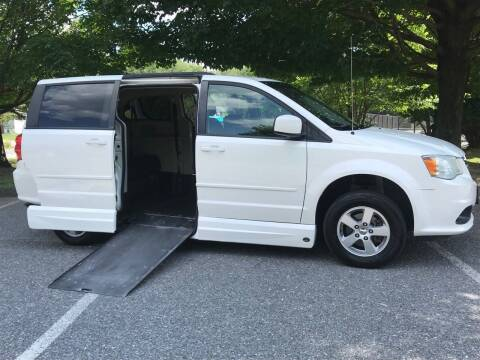 2012 Dodge Grand Caravan for sale at Bob's Motors in Washington DC