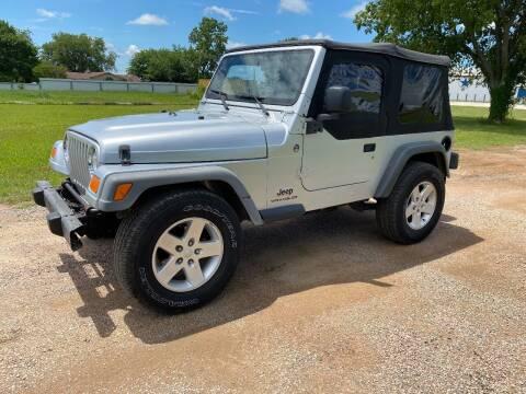 2005 Jeep Wrangler for sale at CAVENDER MOTORS in Van Alstyne TX