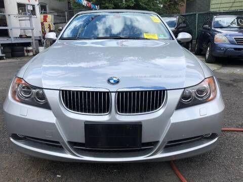 2006 BMW 3 Series for sale at GARET MOTORS in Maspeth NY