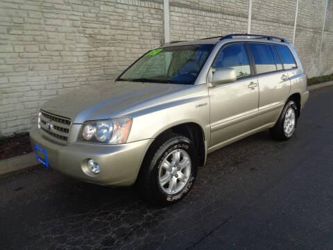 2001 Toyota Highlander for sale at Matthews Motors LLC in Algona WA