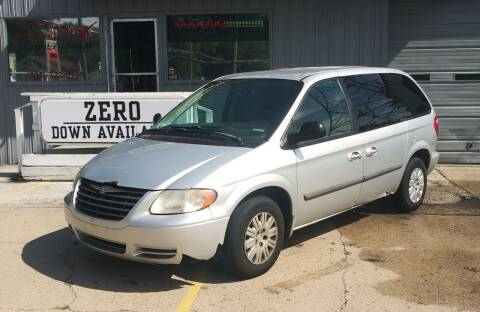 2007 Chrysler Town and Country for sale at Wicked Motorsports in Muskegon MI