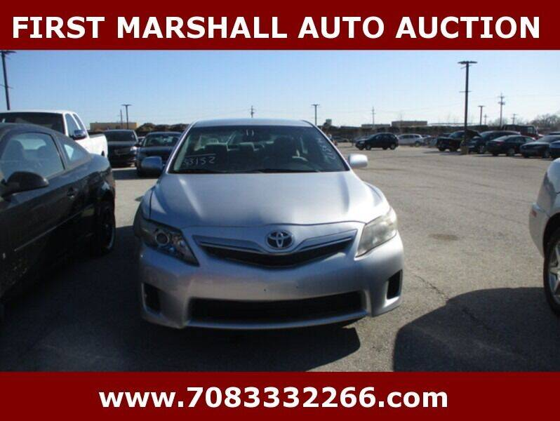 2011 Toyota Camry Hybrid for sale at First Marshall Auto Auction in Harvey IL