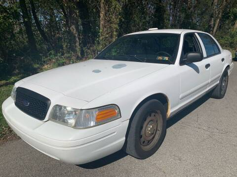 2006 Ford Crown Victoria for sale at Trocci's Auto Sales in West Pittsburg PA