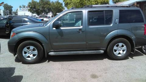 2007 Nissan Pathfinder for sale at Larry's Auto Sales Inc. in Fresno CA