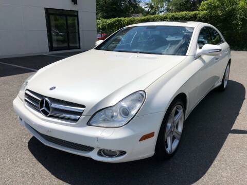 2010 Mercedes-Benz CLS for sale at MAGIC AUTO SALES in Little Ferry NJ
