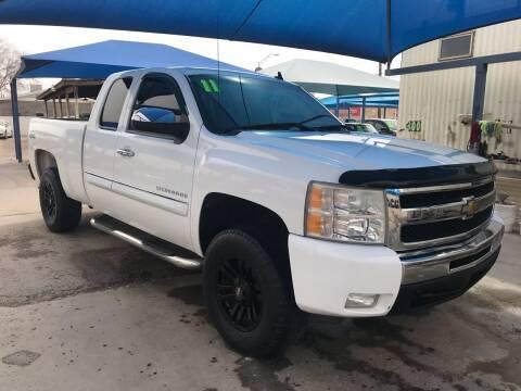 2011 Chevrolet Silverado 1500 for sale at Autos Montes in Socorro TX