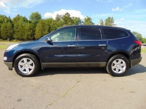 2011 Chevrolet Traverse for sale at E & M AUTO SALES in Locust Grove VA