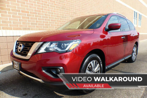 2017 Nissan Pathfinder for sale at Macomb Automotive Group in New Haven MI