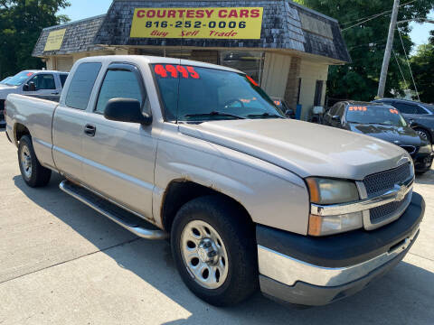 2005 Chevrolet Silverado 1500 for sale at Courtesy Cars in Independence MO