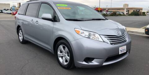 2015 Toyota Sienna for sale at Cars 2 Go in Clovis CA