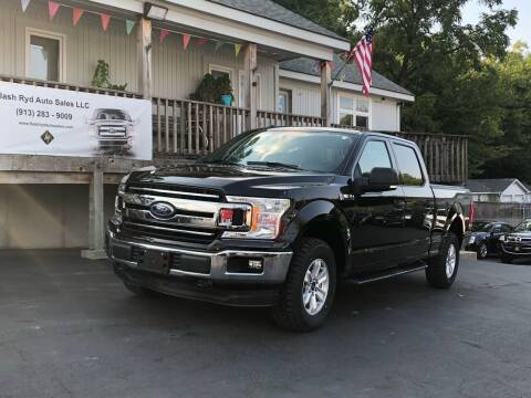 2018 Ford F-150 for sale at Flash Ryd Auto Sales in Kansas City KS