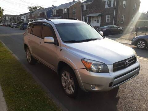 2006 Toyota RAV4 for sale at G1 AUTO SALES II in Elizabeth NJ