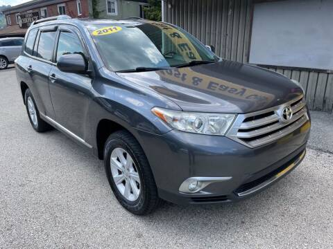 2011 Toyota Highlander for sale at Worldwide Auto Group LLC in Monroeville PA