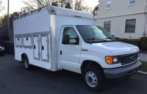 2006 Ford E-Series Chassis for sale at 222 Newbury Motors in Peabody MA