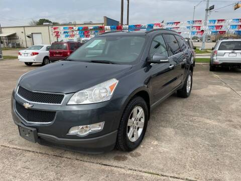 2012 Chevrolet Traverse for sale at AMERICAN AUTO COMPANY in Beaumont TX