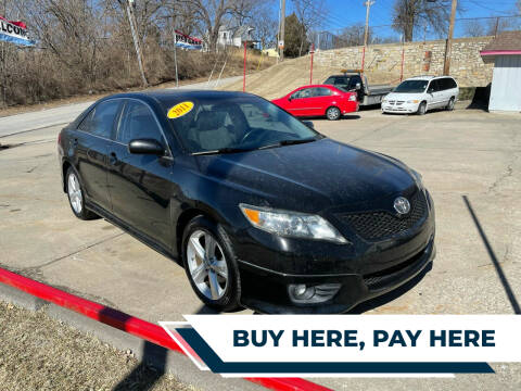 2011 Toyota Camry for sale at Central Auto Credit Inc in Kansas City KS
