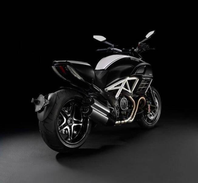 2013 Ducati Diavel for sale at Peninsula Motor Vehicle Group in Oakville Ontario NY