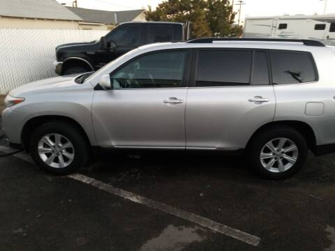 2013 Toyota Highlander for sale at Freds Auto Sales LLC in Carson City NV