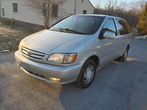 2002 Toyota Sienna for sale at Wallet Wise Wheels in Montgomery NY