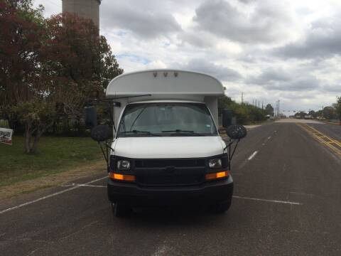 2004 Chevrolet Express Cutaway for sale at Bus Barn of Texas in Cypress TX