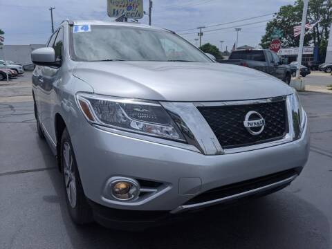2014 Nissan Pathfinder for sale at GREAT DEALS ON WHEELS in Michigan City IN