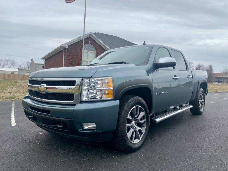 2011 Chevrolet Silverado 1500 for sale at HillView Motors in Shepherdsville KY