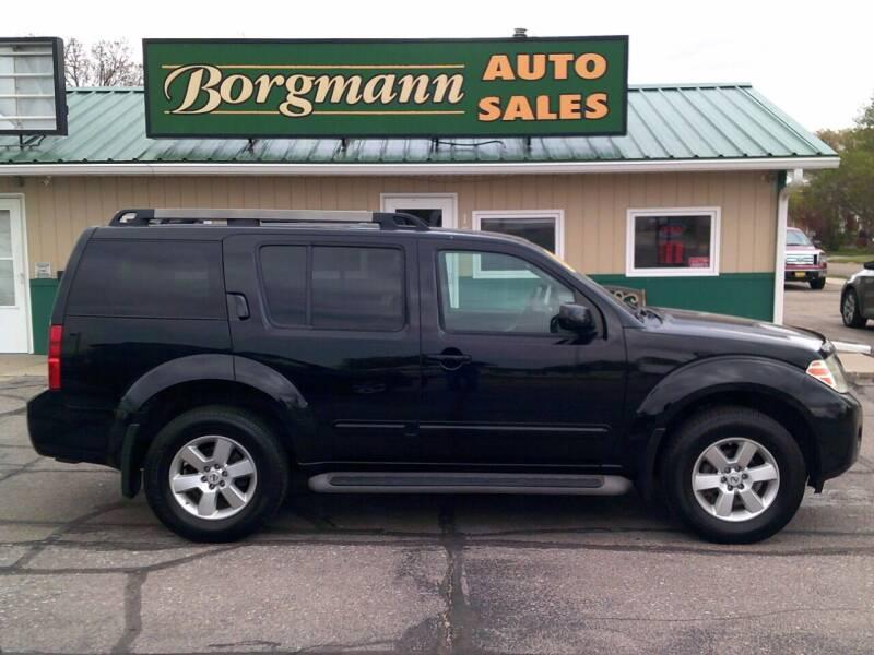 2011 Nissan Pathfinder for sale at Borgmann Auto Sales in Norfolk NE