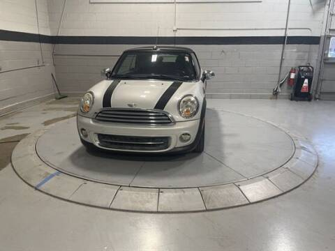 2011 MINI Cooper for sale at Luxury Car Outlet in West Chicago IL