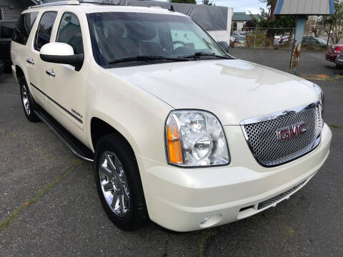 2013 GMC Yukon XL for sale at Autos Cost Less LLC in Lakewood WA