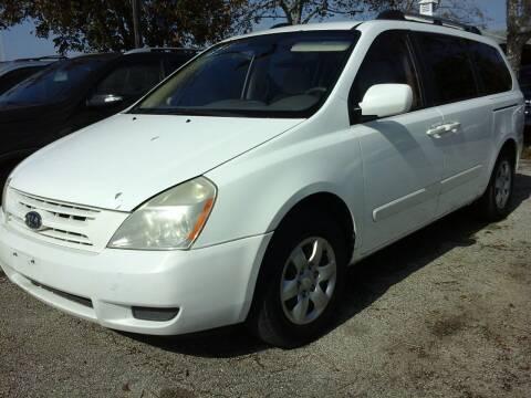 2008 Kia Sedona for sale at John 3:16 Motors in San Antonio TX