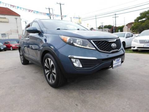 2013 Kia Sportage for sale at AMD AUTO in San Antonio TX