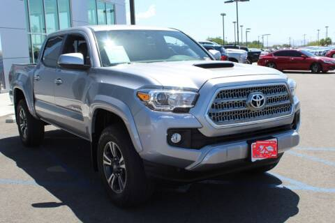 2017 Toyota Tacoma for sale at Auto Max Brokers in Palmdale CA