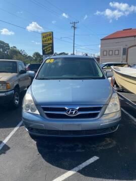2008 Hyundai Entourage for sale at DUNEDIN AUTO SALES INC in Dunedin FL