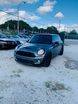 2009 MINI Cooper for sale at Solares Auto Sales in Miami FL