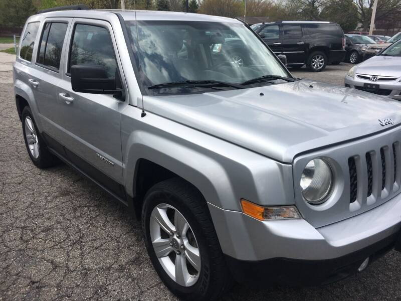 2012 Jeep Patriot for sale at CHAGRIN VALLEY AUTO BROKERS INC in Cleveland OH