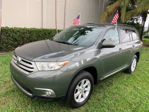 2013 Toyota Highlander for sale at Ven-Usa Autosales Inc in Miami FL