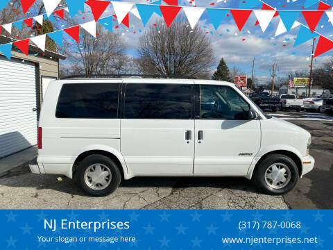 2000 Chevrolet Astro for sale at NJ Enterprises in Indianapolis IN