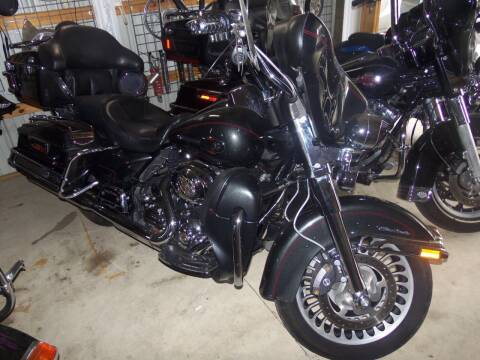 2009 Harley-Davidson FLHTCU for sale at Fulmer Auto Cycle Sales - Fulmer Auto Sales in Easton PA