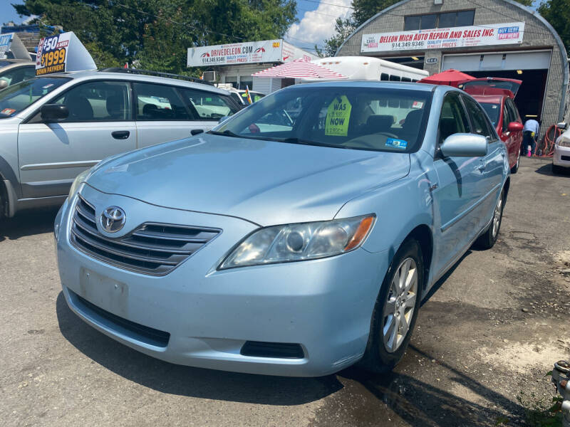 2009 Toyota Camry Hybrid for sale at Drive Deleon in Yonkers NY