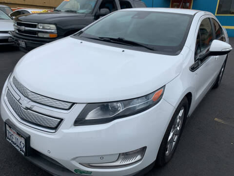 2013 Chevrolet Volt for sale at CARZ in San Diego CA
