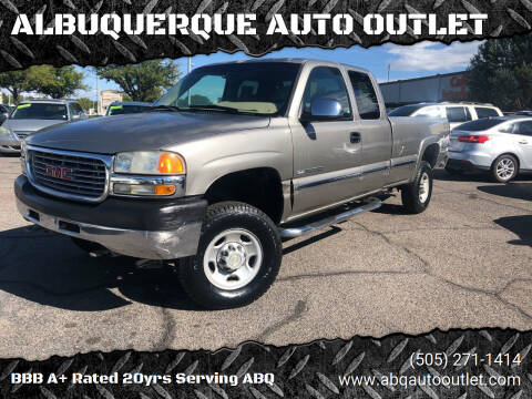 2001 GMC Sierra 2500HD for sale at ALBUQUERQUE AUTO OUTLET in Albuquerque NM